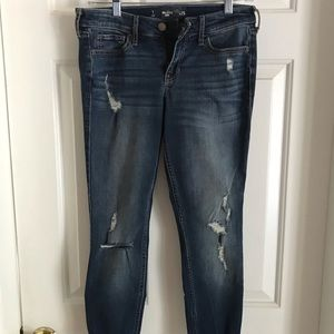 Hollister Cropped Jeans size 1